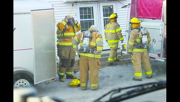 On Sunday, Feb. 5, Sidney Fire and Rescue held training on SCBA in conjunction with Hamburg Fire and Rescue and Farragut Fire and Rescue. They used an old apartment building that was to be razed. Photo by Randy Monroe, fire department photographer.